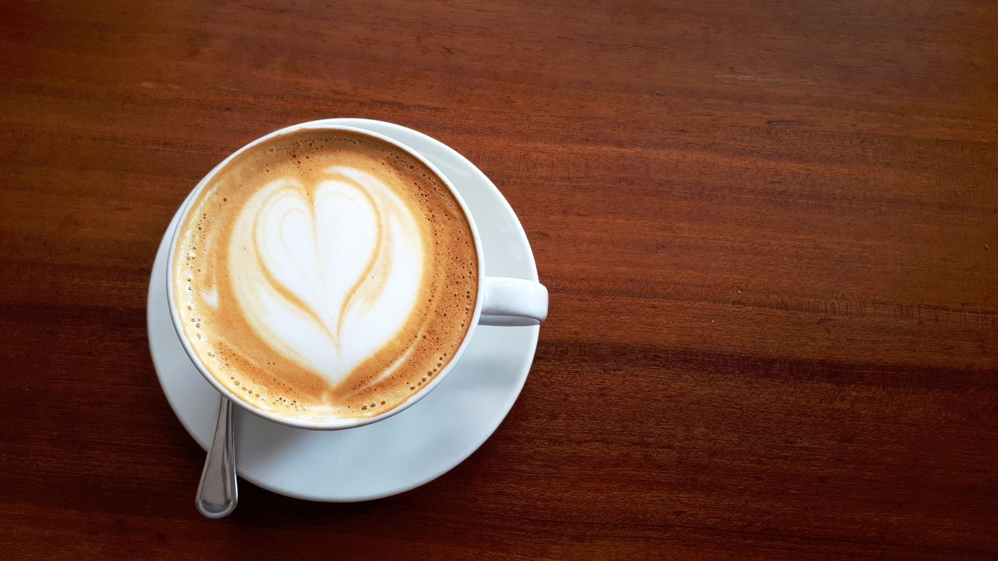 5 Clean Ways to Flavor Your Morning Coffee