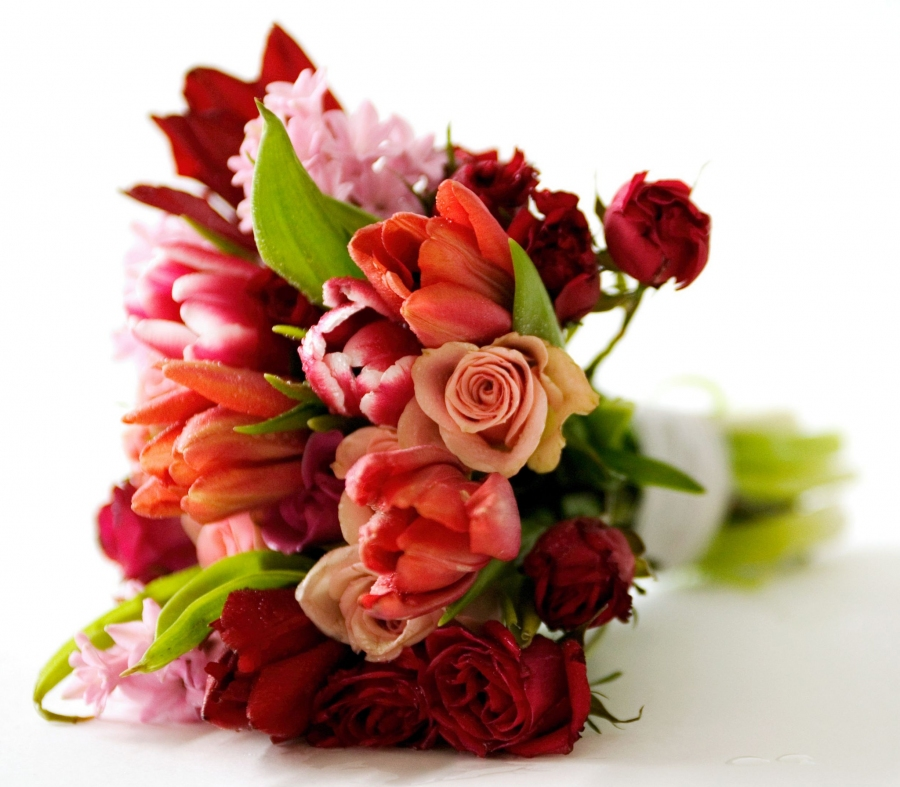 5 Great Romantic Ideas To Express Love Through Flowers