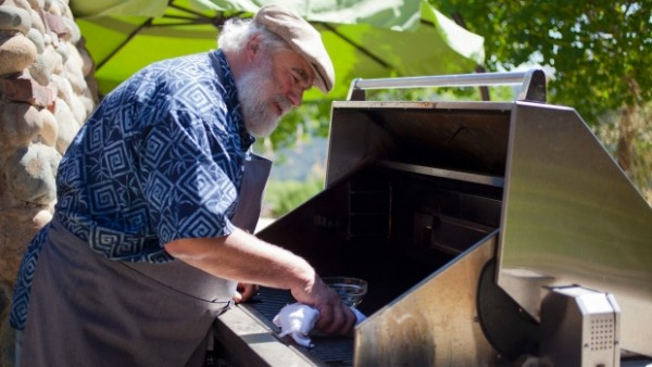 Tips To Clean And Maintain Barbecue Grills