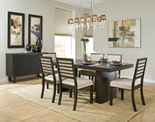 Give An Elegant Look To Your Dining Space