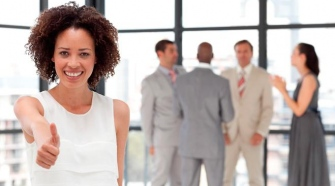 Key steps to follow to host a successful business event