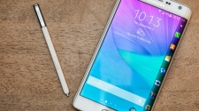 Samsung Galaxy Note Edge: An Innovation In Smartphone Industry