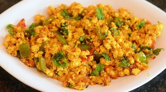 Try Out Spicy Paneer Bhurjee This Winter