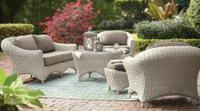 Grab Big Bargain On Concession Outside Patio Furniture
