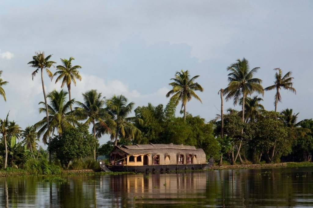 7 Days Backpacking Across Kerala – North To The South!