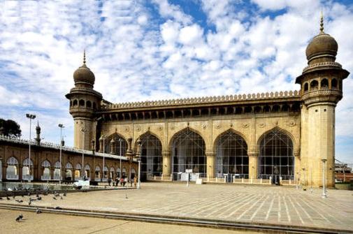 Mecca-Masjid-Hyderabad