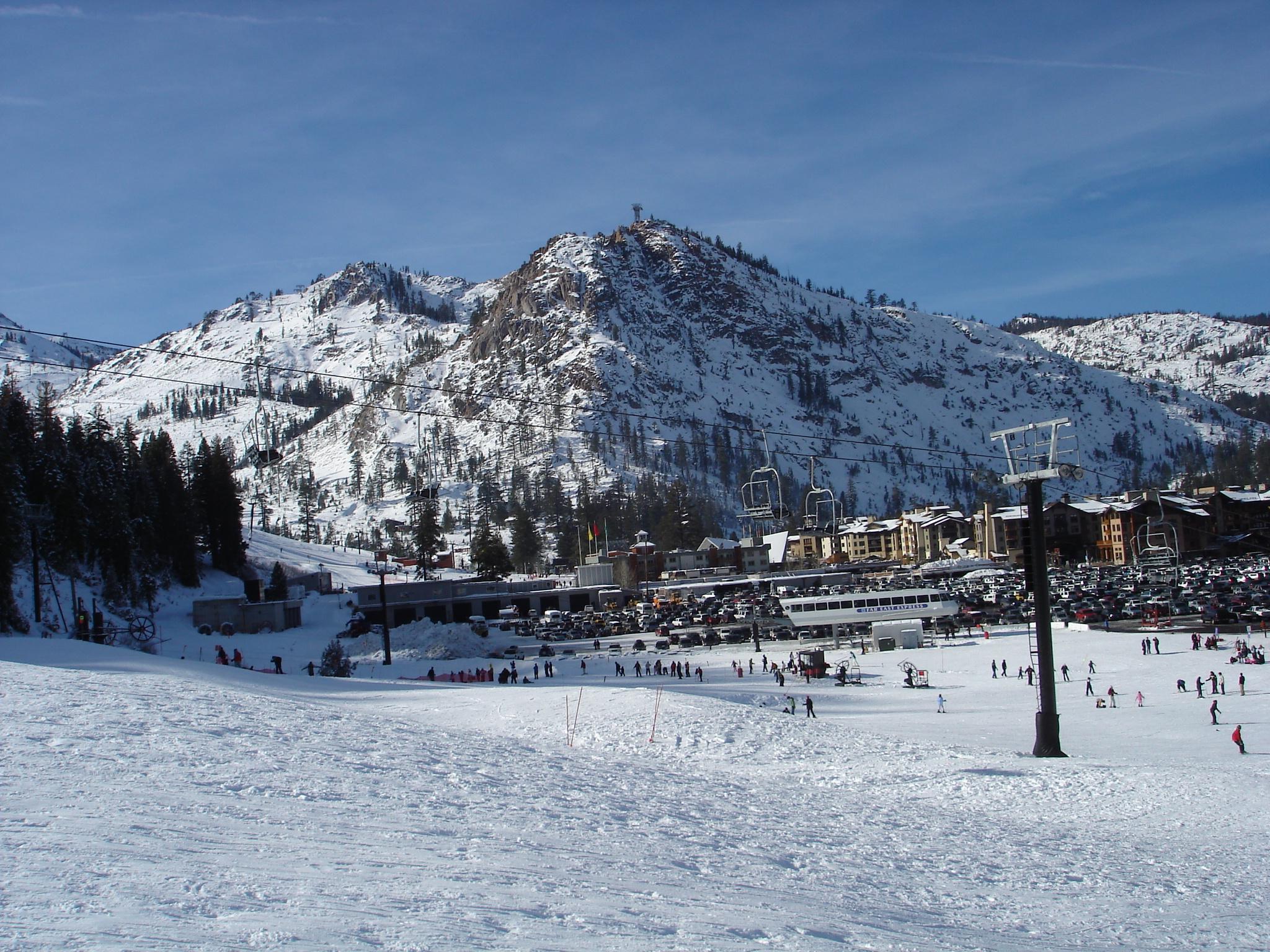 Top 5 Ski Mountains In California