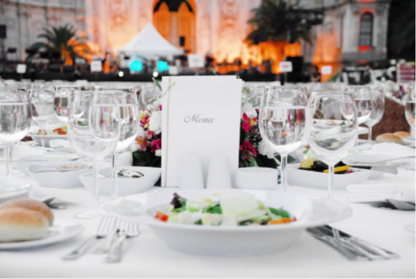 successful-business-catering-services-need-to-know-their-customers
