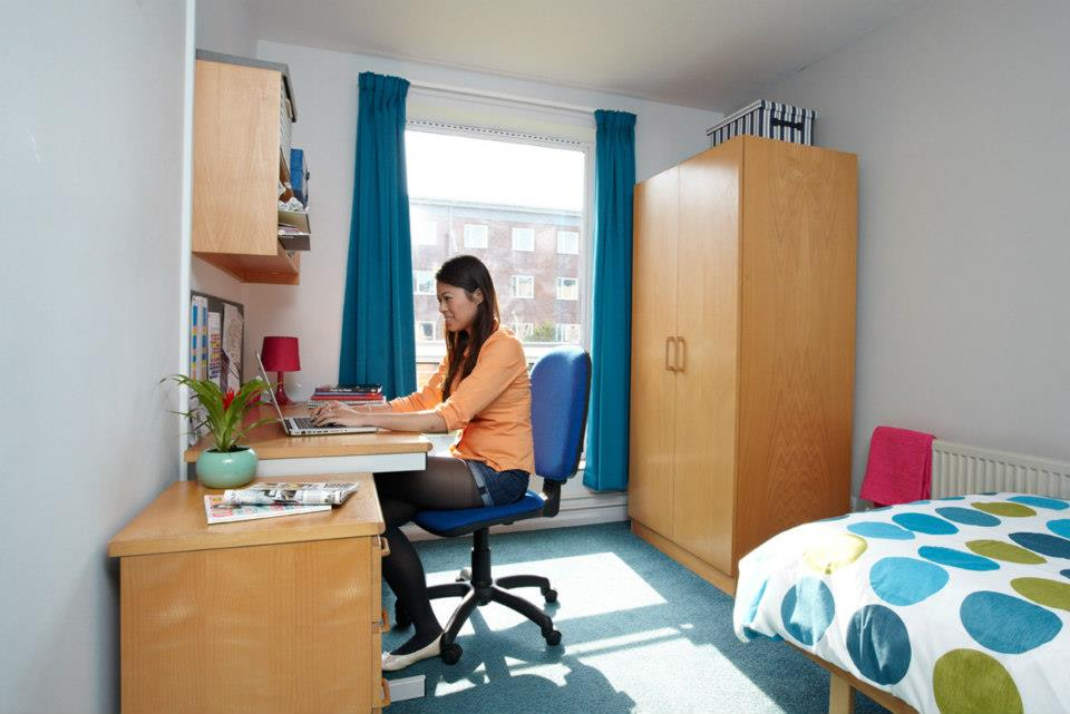 Connaught Hall Student Room