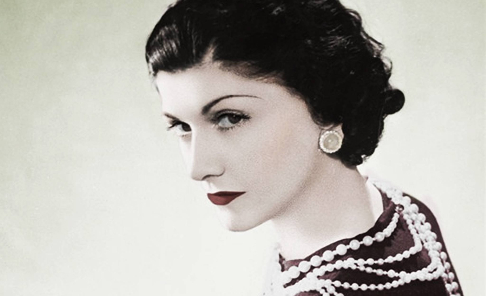 Coco Chanel The Life Of The Most Famous Fashion Designer