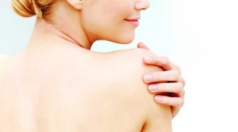 Six Simple Home Remedies For Back Acne