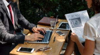 5 Best Tools To Help You Transcribe Interviews