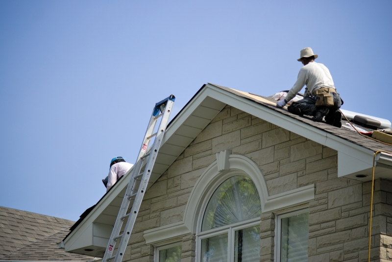 Top 3 Ways To Winter-Proof Your Roof