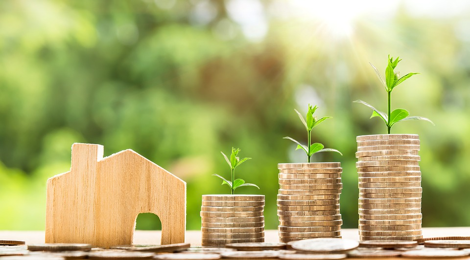 """The """"Hidden Costs"""" Of New Home Ownership That Are Actually Worth It"""