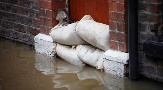 How An Experienced Water Damage Service Can Help