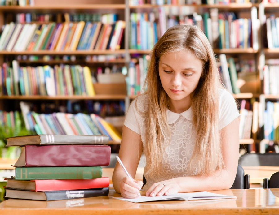 How To Seek Thesis Writing Help In UK