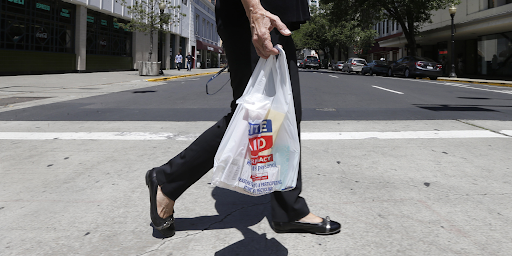 Why Worldwide Plastic Bag Ban Is Not Viable? Why Countries Look For Placing Recycling Systems?