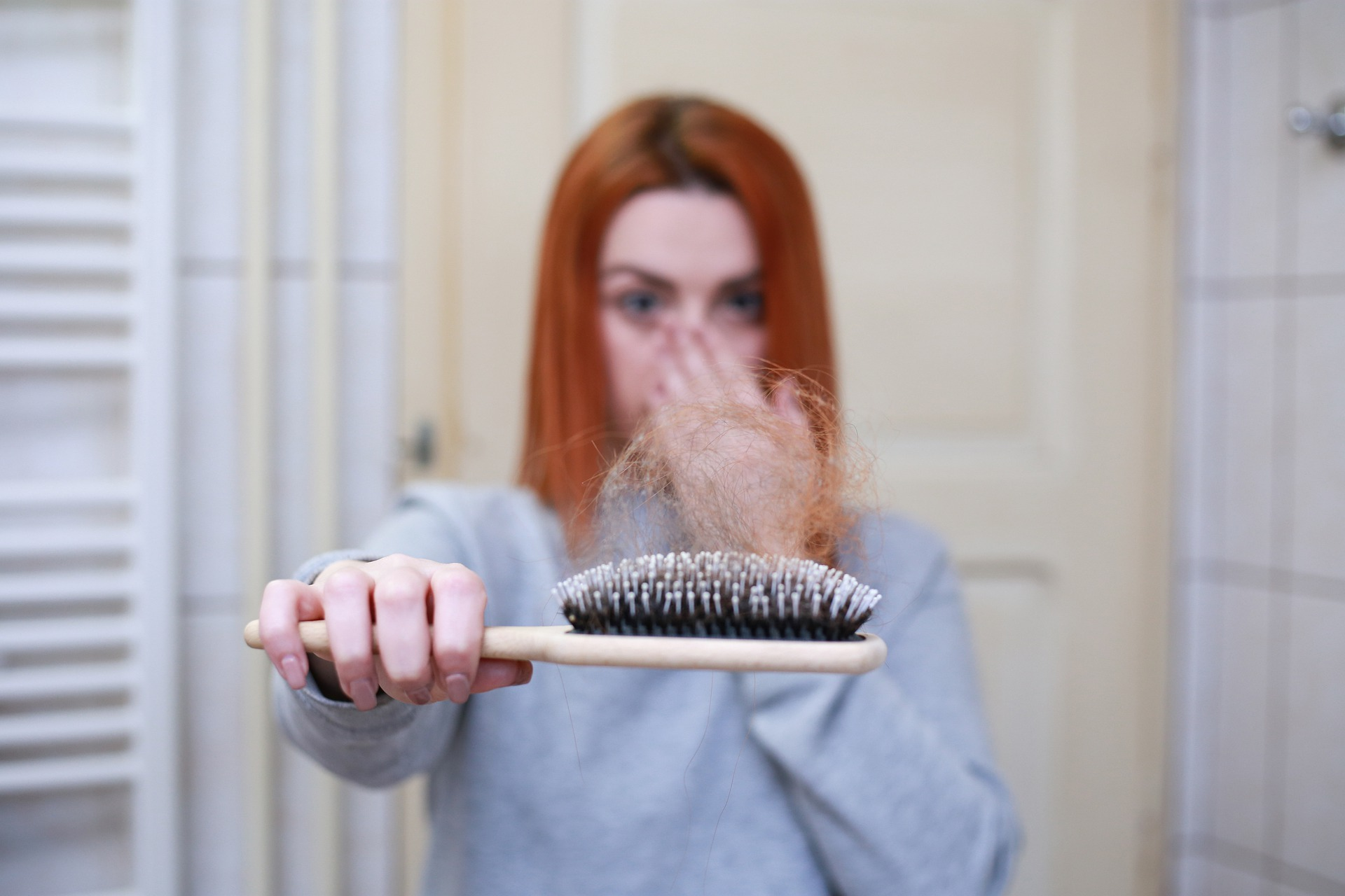 Top 8 Best Ingredients to Use For Aging Hair